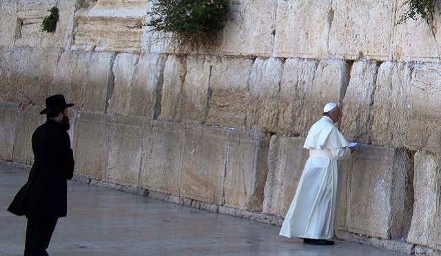 Papa Francisco en Israel: ¿religión o política?, con María Royo