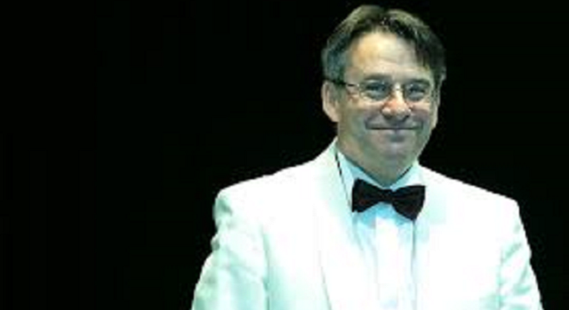 Concierto Nº 25 de Mozart, con Balint Vazsonyi dirigido por János Fürst