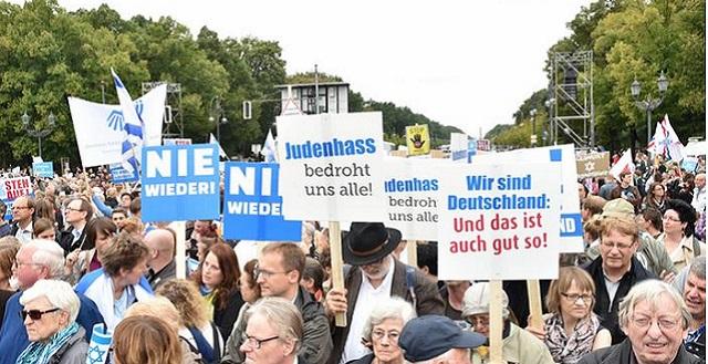 """""""Levántate. ¡Nunca más odio a los judíos!"""", desde Alemania con Eva Tichauer"""