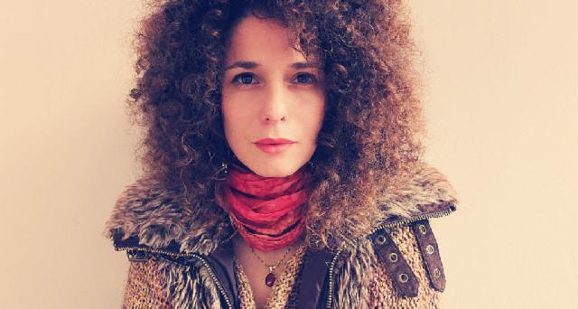 Ven a ver la voz de Ruth Dolores Weiss