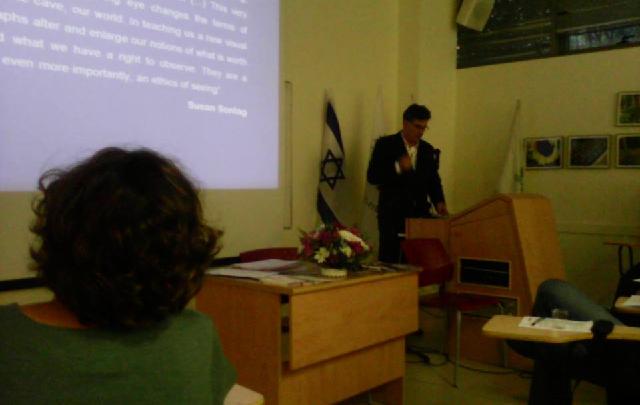 Conflictos dentro del conflicto de identidades, con Antonio Bernardo Espinosa