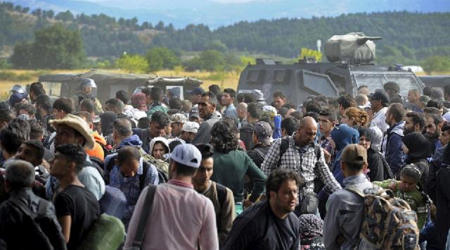 ¿Hasta cuándo resistirá Europa la presión migratoria?, con Florentino Portero