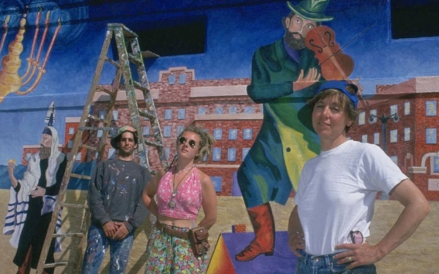 Chagall saca músculo en Venice Beach