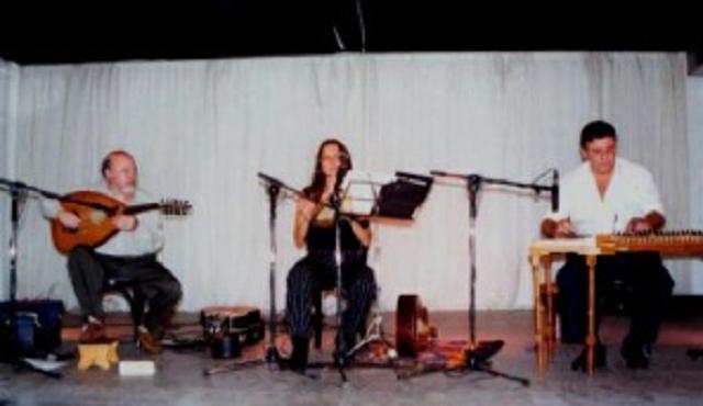 Un grupo musical llamado Alvar, en judeoespañol, desde el CIDICSEF de Buenos Aires