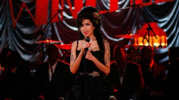 Amy Winehouse (IV): su voz en directo