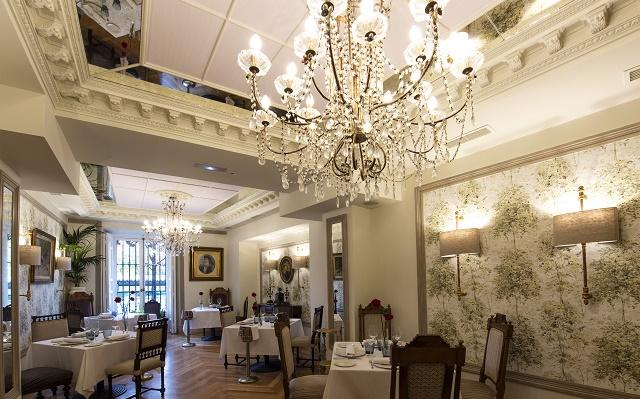 Comer kosher en el Café de Oriente, con Alicia Perris
