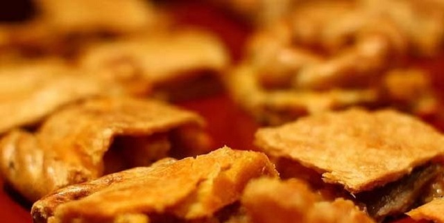 Del legado sefardí: espinacada y pescado a la naranja