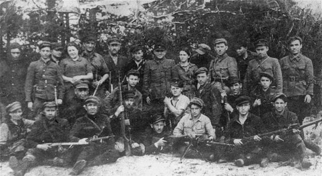 Vaieshev, y los hermanos Bielski