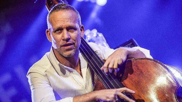 Avishai Cohen: no sólo jazz