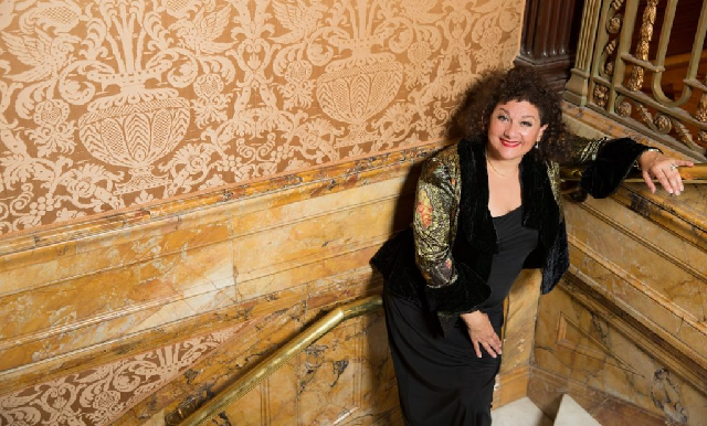 Sharon Azrieli Perez: jazanut femenina