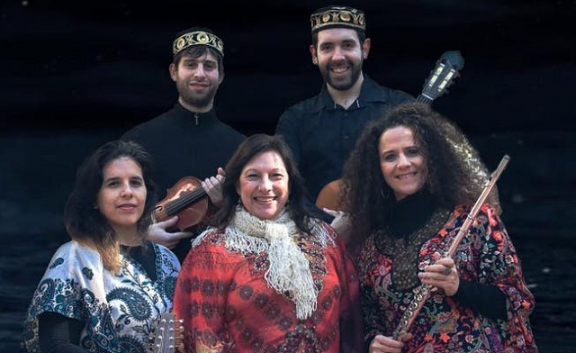 Liliana Benveniste y su grupo Ensamble Sefaradí de Buenos Aires, con Gustavo Efron
