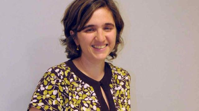 Denise León, en judeoespañol, desde el CIDICSEF de Buenos Aires
