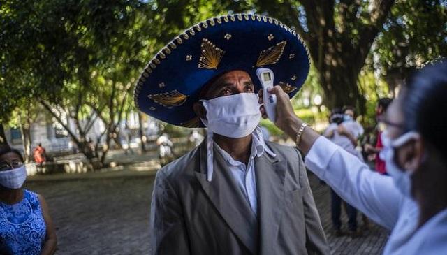 El colapso hospitalario en México y la esperanza del fin de la pandemia